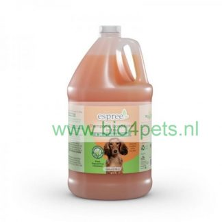 Espree-shampoo_conditioner_in_one_galllon-grootverpakking-3.79L-hond-rood